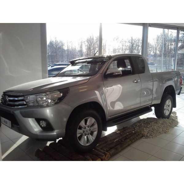 Visiere de pare brise teinté Toyota Hilux Revo 2015-