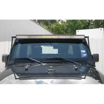 SUPPORT DE BARRE A 50 LED SUR PARE BRISE JEEP WRANGLER JK 07-14